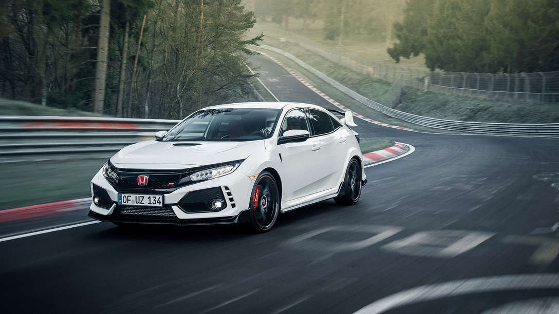 Front three-quarter facing Honda Civic Type R on the Nürburgring.